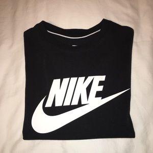 Black Nike T Shirt✔️